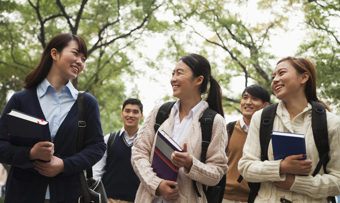 shutterstock_152940941-china-students-crop-1140×680